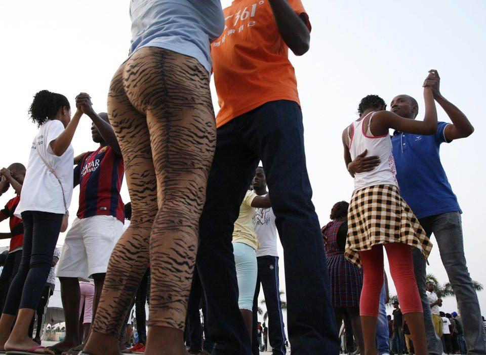 Kizomba, Semba dancers in Luanda