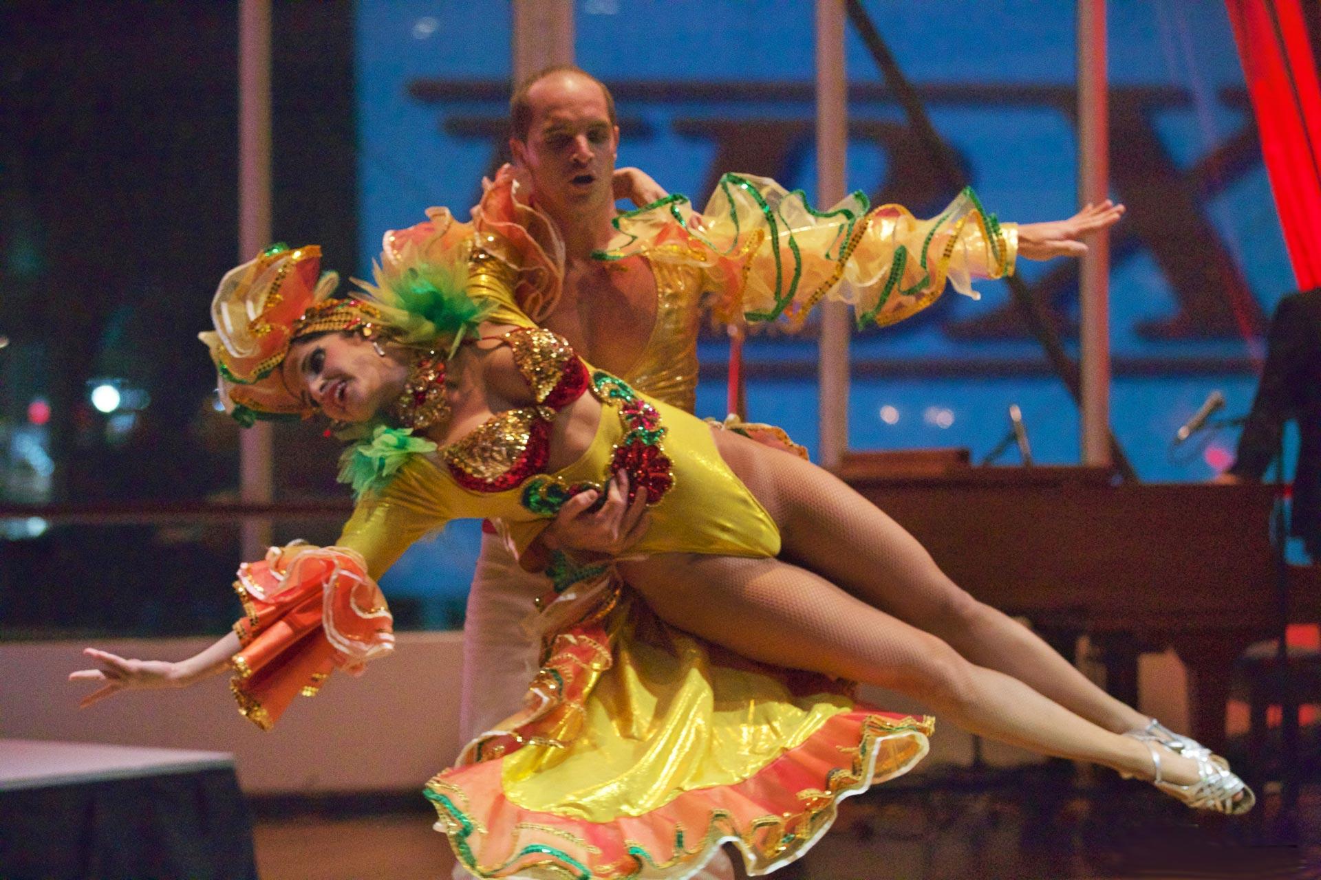 Cuban And Salsa Dancers Toronto Salsa Kizomba Bachata