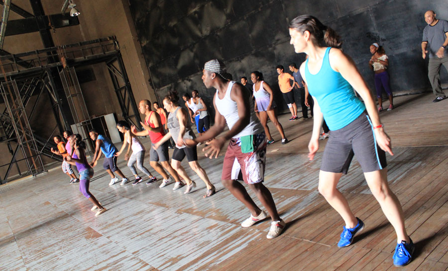 Salsa, Rueda, Rumba, Conga dance classes in Cuba