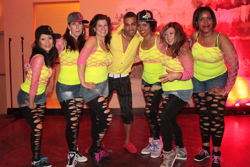 Toronto reggaeton student performance class