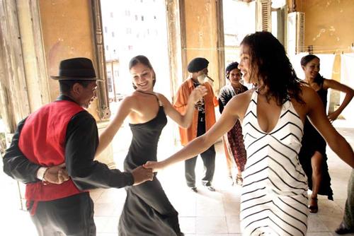 Salsa dancing in Cuba, Latin America