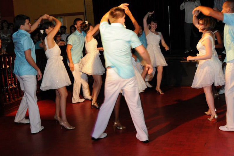 Toronto salsa student performance class